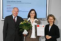 FamilyXperts wurde am 8. April 2008 von der Familienministerin Dr. Ursula von der Leyen als Schirmherrin des Innovationswettbewerbs Unternehmen Familie der Robert-Bosch-Stiftung als innovativ und förderungswürdig ausgewählt und prämiert.